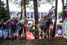 @nikkiharris86 forcing the pace during the elite woman's #CX World Champs in Heusden-Zolder.  Nikki got the mud she had hoped for. And the passionate Belgium crowds with it. #cxzolder16 |  @michalcervenyphoto by iamspecialized