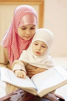 Alhamdulillah for this perfection loving islam ❤ pinteres Muslim Family, Muslim Girls, Muslim Couples, Cute Kids, Cute Babies, Baby Hijab, Saint Coran, Online Quran, Religion