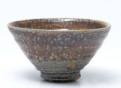 Anne Mette Hjortshøj - Dark clay, crackle slip, ash glaze. Salt fired