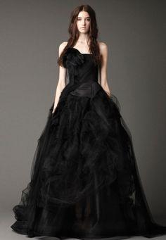 Vera Wang veste noivas de Halloween - coleção Outono 2012 #casarcomgosto