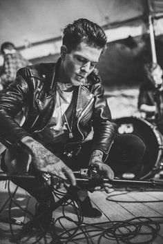 jesse rutherford the neighbourhood