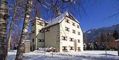 Schloss Prielau in Salzburg by Chic Retreats  Très beau château où séjourner en Autriche...