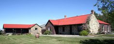 Strathmore Bed and Breakfast, Middlemarch. Set in a tranquil setting under the Rock and Pillar Range. http://www.centralotagonz.com/where-to-stay-in-central-otago