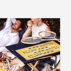 Luxury lacquered tray | KINGMAKER | Badminton editorial | CÔCO GIN | Serving tray | Luxury | BUTLERS TRAY