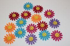 Estas flores son perfectas para combinar sandalias - cestas. ¡Maravillosas!