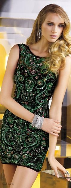 This fabric is Gorgeous! .But there is no info on the dress...
