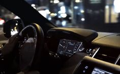 2014 Range Rover Sport Image
