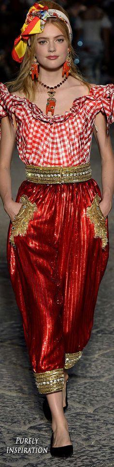 Dolce & Gabbana Fall 2016 Alta Moda Collection Women's Fashion   Purely Inspiration