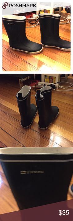 Rain boots Great stylish rain boots! Only worn once Tretorn Shoes Winter & Rain Boots