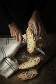 Old bread dough Cocotte - Food Photography & Styling - Brot Food Photography Styling, Food Styling, Photography Ideas, Rustic Bakery, Rustic Bread, Pan Bread, Our Daily Bread, Food Inspiration, Bread Recipes