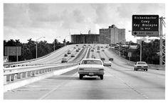 View from looking South heading toward the Rickenbacker Causeway exit. Old Florida, Vintage Florida, South Florida, Miami Images, Miami Photos, Crandon Park, Florida Pictures, Miami Skyline, Houses