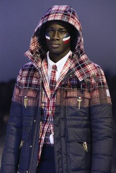 AUTH MONCLER GAMME BLEU FW'13 RUNWAY RED CONTRAST CHECK PRINT PADDED JACKET SZ3