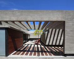 Casa S & S por Besonías Almeida Arquitectos