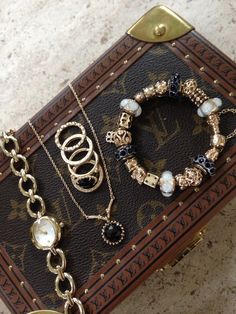 PANDORA Bracelet, Necklace and Rings in Gorgeous Gold ♥