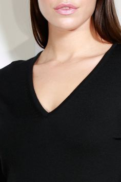 Treat yourself to a piece from our luxurious range of women's cashmere knitwear. Love S, Knitwear, Cashmere, Lady, Sweaters, Women, Cashmere Wool, Tricot, Sweater