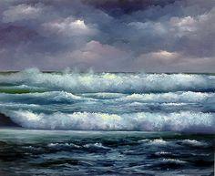 DENİZ FENERİ  Komşuyum okyanusa, Bir kaç metrelik boyumla, Özlemle beklerim, Hep gece olsun isterim, Ben deniz feneriyim, Seni besler… Ve seninle beslenirim.  Şahit olurum gün boyu Güneşle sevişmene… Sevinirim bulutların, Araya girmesine…  Gündüz ağlayamam,  Ulaşamam, Anlatamam hislerimi Dalgalı sarı saçlarına  Çünkü ben; Deniz feneriyim, Seni besler… Ve seninle beslenirim.  Savaş Simitli 191136 ağu 14