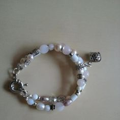 Dubbele kralen armband met parfumkraal wit