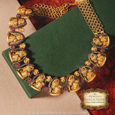 Antique Necklace latest jewelry designs - Page 8 of 328 - Indian Jewellery Designs 1 Gram Gold Jewellery, Real Gold Jewelry, Gold Jewellery Design, Temple Jewellery, Indian Jewelry, Antique Necklace, Antique Jewelry, Antique Gold, Gold Necklace
