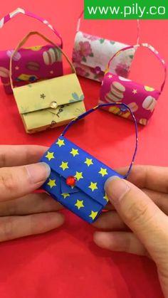 Instruções Origami, Paper Crafts Origami, Paper Crafts For Kids, Easy Crafts For Kids, Diy Paper, Paper Crafting, Paper Art, Origami Videos, Origami Bookmark