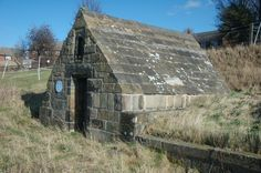 saint oswald's well, Ryhill http://daveweldrake.wordpress.com/