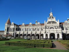 Dunedin Train Station, New Zealand | The Most Beautiful Train Stations in the World