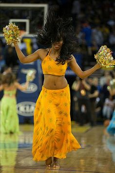 Golden State Warriors dancer