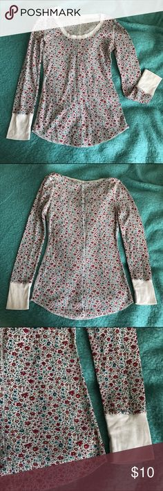 """floral thermal This soft, lightweight and feminine long sleeve floral thermal is adorable on its own or under a vest, sweater, or jacket. It's the perfect piece for layering in the fall!  Size: large (measures approx. 16"""" across the chest). Never worn. Mossimo Supply Co. Tops Tees - Long Sleeve"""