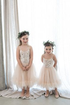 The cutest blush flower girl frocks:  http://www.stylemepretty.com/2016/05/11/bohemian-wedding-on-waiheke-island/ | Photography: Katie Grant Photography - http://www.katiegrantphoto.com/