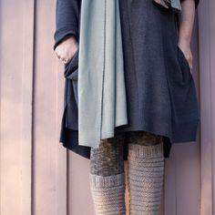PITKÄT PALMIKKOSUKAT - OHJE Socks, Sweaters, Crafts, Drink, Fashion, Pop Tabs, Doll Outfits, Molde, Moda