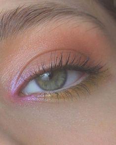 makeup for dark skin makeup hacks with eyeshadow only do eyeshadow makeup makeup organizer makeup peach makeup for ever makeup names Makeup Hacks, Makeup Goals, Makeup Inspo, Makeup Art, Makeup Inspiration, Makeup Ideas, Makeup Tutorials, Indie Makeup, Eyeliner Hacks