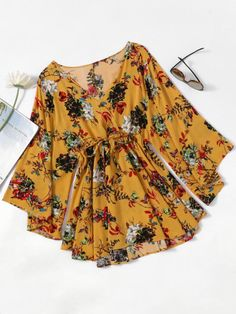Shop Floral Print Random Surplice Drawstring Waist Dress at ROMWE, discover more fashion styles online. Teen Fashion Outfits, Mode Outfits, Boho Fashion, Dress Outfits, Fashion Dresses, Fashion Ideas, Vintage Fashion, Fashion Black, Fashion Styles