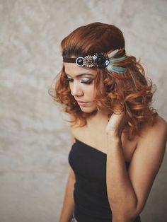 Indienne  Teal serretête plume marron avec perles par RumraisinA