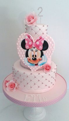 Minnie Mouse cake Mickey And Minnie Cake, Minnie Mouse Theme Party, Minnie Mouse Birthday Cakes, Bolo Minnie, Mickey Cakes, Baby Birthday Cakes, Barbie Birthday, Mickey Birthday, Mini Mouse Cake