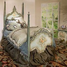 Misty Moonlight Bedding ...Look at this bed & linens!