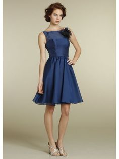 A-line Bateau Organza Knee Length/Short Bridesmaid / Homecoming/ Graduation/ Cocktail/Formal Dresses