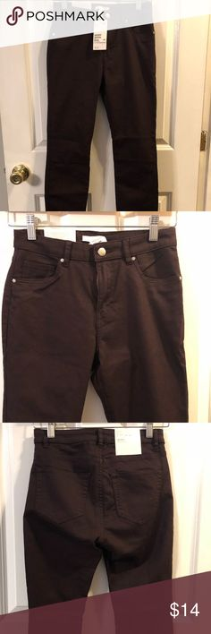 H&M skinny pant Purple super stretch skinny pant. Cotton/polyester. NWT H&M Jeans Skinny
