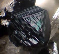 Magnetite - Mt Saliette, Valentano, Làtera volcano, Viterbo Province, Latium, Italy Size: 2 mm