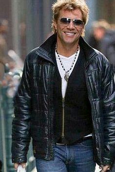 Jon Bon Jovi. ♥♥♥♚♪