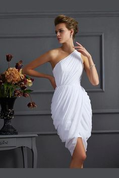 Prom Dress For Teens, Fashion Sheath/Column Sleeveless Pleats One-Shoulder Short Chiffon Homecoming Dresses cheap prom dresses, beautiful dresses for prom. Best prom gowns online to make you the spotlight for special occasions. Homecoming Dresses Tight, Dresses Short, Pink Prom Dresses, Evening Dresses, Wedding Dresses, Dinner Dresses, Dress Prom, Ball Dresses, Ball Gowns