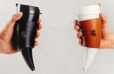 Taza de café en forma de cuerno. Luce muy original. Diseñador: Desnahemisfera Tuvie | http://www.tuvie.com
