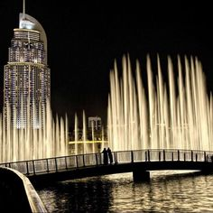 The Address And the dancing fountains in front of the tallest building in the world the Burj Khalifa, Dubai, UAE