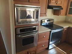 Gorgeous kitchen in this fully-refurbished modular home in Temple ...