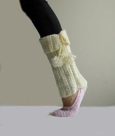 womens Crochet Leg Warmer Pattern   PDF crochet pattern, pom pom cuff, leg warmer   crochet tutorials