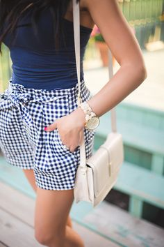 street style, gingham, women's fashion, spring trends Fashion Mode, Moda Fashion, Womens Fashion, Prep Fashion, Fashion 2018, Fashion Outfits, Gingham Shorts, Bow Shorts, Blue Gingham