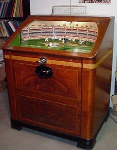 National Jukebox - Antique 1937 Rock-Ola World Series Baseball game Arcade Game Machines, Arcade Machine, Vending Machines, Vintage Games, Vintage Toys, Jukebox, Retro Arcade Games, Antique Toys, Antique Radio
