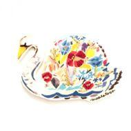 花束白鳥 ブローチの画像