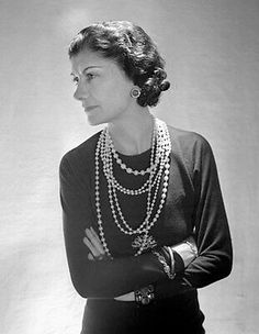 "Find the Gabrielle Bonheur ""Coco"" Chanel – was a French fashion designer and …: at The RealReal is. Estilo Coco Chanel, Coco Chanel Mode, Coco Chanel Fashion, Coco Chanel 1920s, Coco Chanel Style, Slingback Chanel, Espadrilles Chanel, Dress Chanel, Chanel Vestidos"