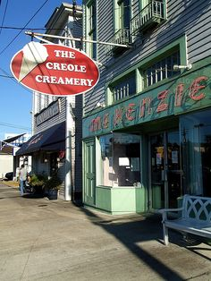 Creole Creamery has some of the best ice cream ever! I love their ingenuity and flavors! My favorites so far are the Salted Chocolate, Cafe Au Lait and Mexican Hot Chocolate. YUM!
