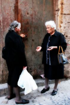 My grandmother on Mom's side wore BLACK for years---it seemed she was always in mourning for a friend or relative :(
