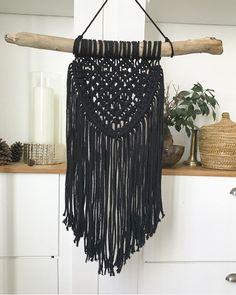Le chouchou de ma boutique https://www.etsy.com/fr/listing/510164047/macrame-wall-hanging-tenture-murale